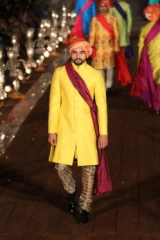 WIFWSS'15D5S5RohitBalRunway217_1
