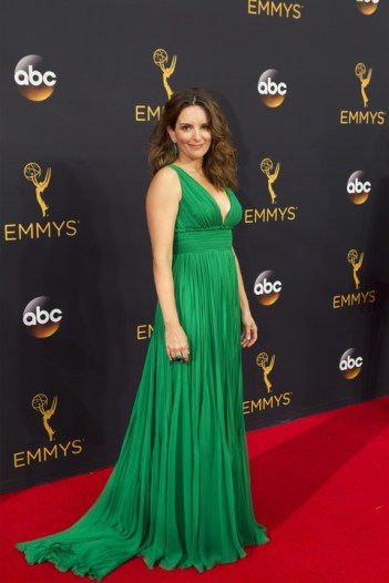 tina-fey-in-green-gown-at-emmy-awards_011756