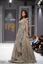 mawra-hocane-for-republic-womenswear-large