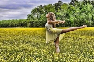 ダンス 女性