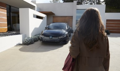 VW_NGW6_Showroom_Arteon_Gallery_Exterior-3