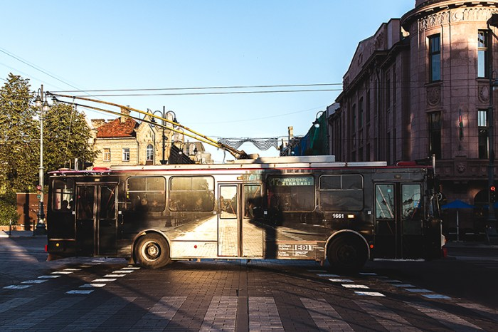 disappearing-bus-2