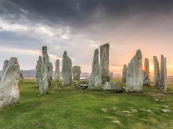 hike-to-the-callandish-stones-in-the-outer-hebrides-scotland