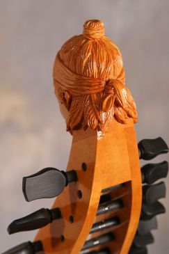 Classical baryton head