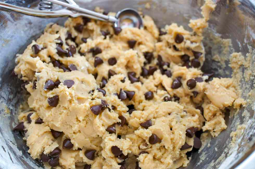 Easy Chocolate Chip Cookies dough