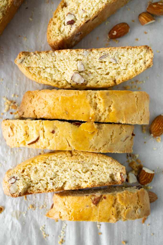 Almond Biscotti vertical 2