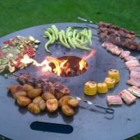 Russisches Schaschlik & jede Menge Grillgemüse von der Feuerplatte
