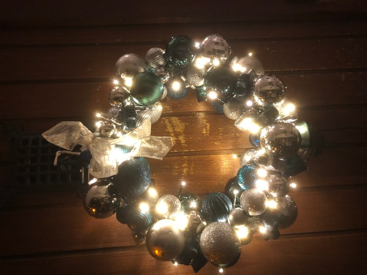 Blogmas 6: my Christmas decorations 5