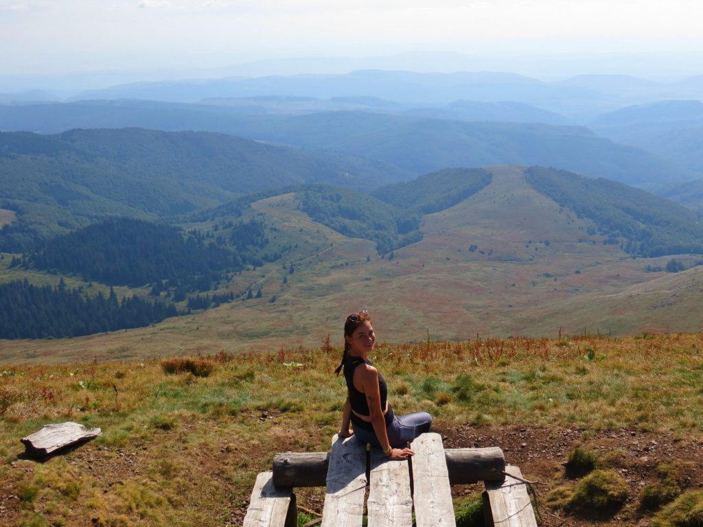 day-hikes-near-sofia-kom