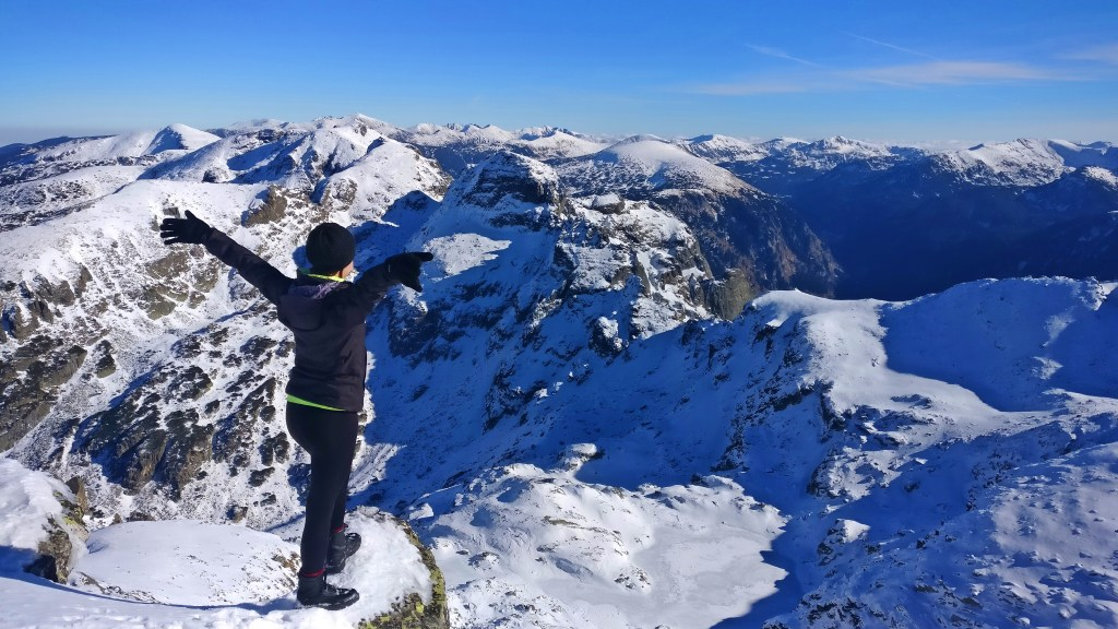hiking malyovitsa peak rila mountain bulgaria
