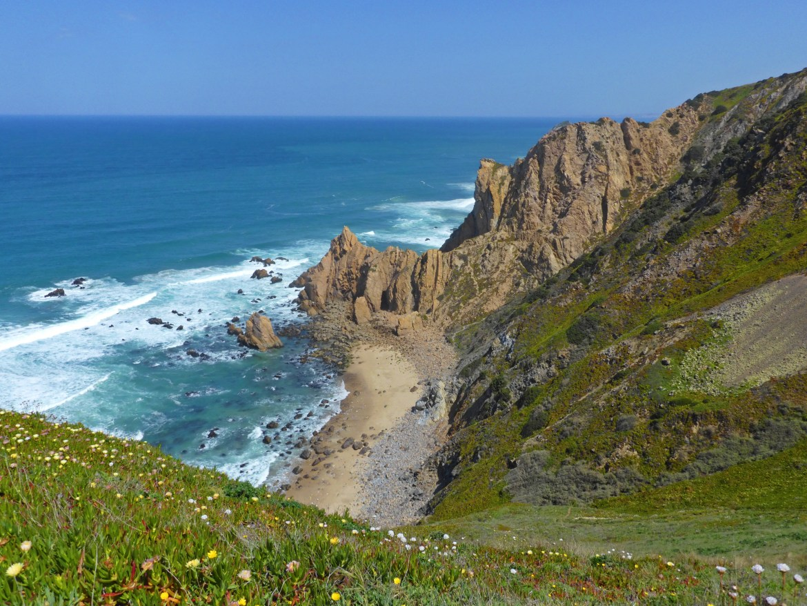 One of the best things to do in Portugal is visiting Cabo da Roca