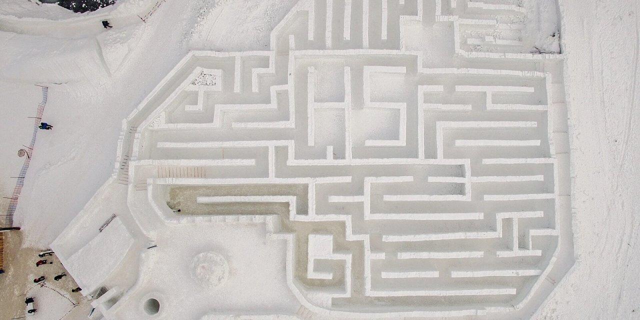 Największy śnieżny labirynt na świecie