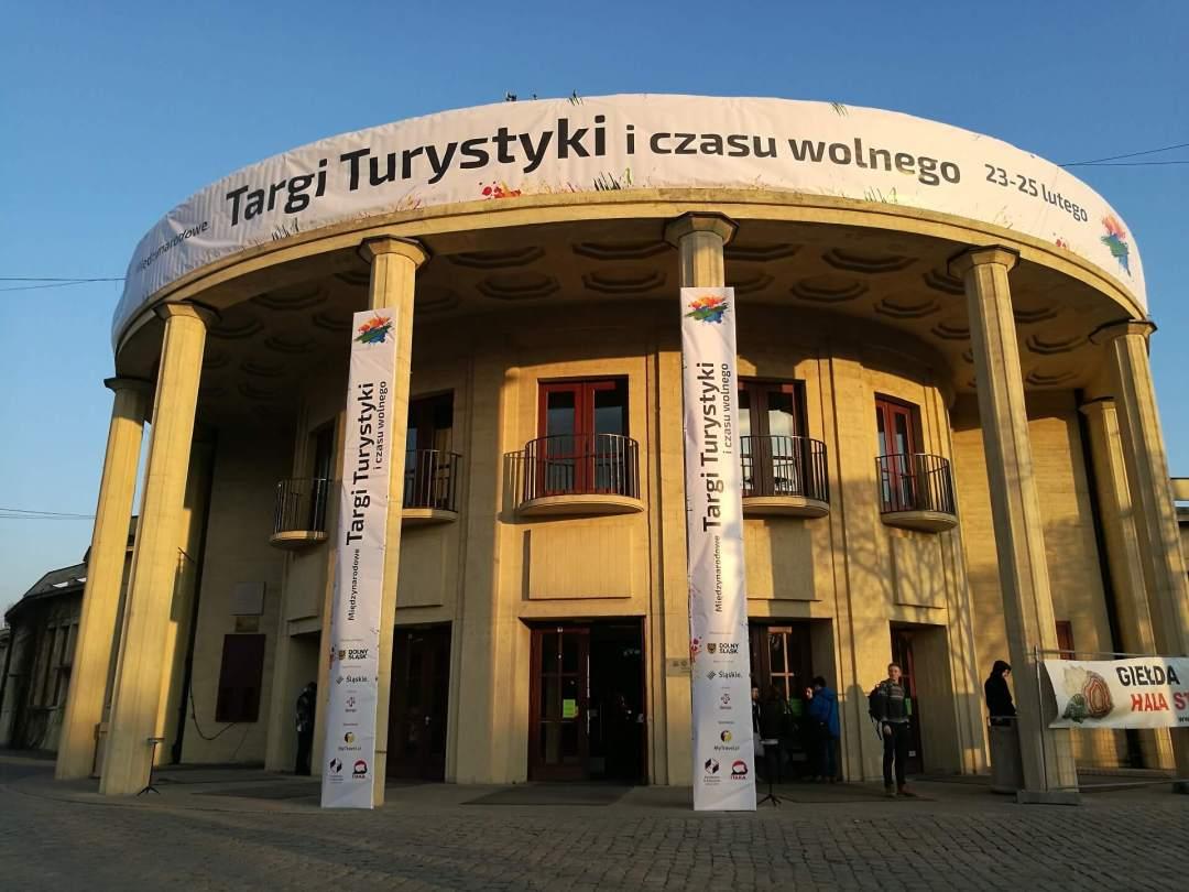 Najlepsze targi turystyczne_budynek Hali Stulecia we Wrocławiu