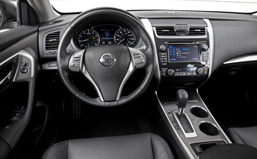 2013 Nissan Altima Interior HD Wallpaper