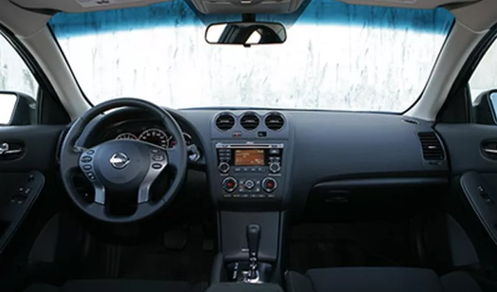 2010 Nissan Altima Interior HD Wallpaper