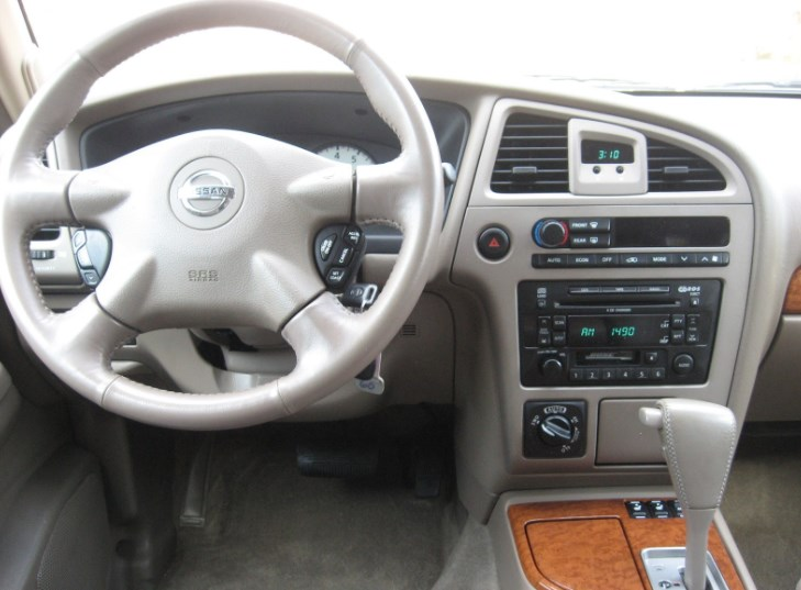 2003 Nissan Pathfinder Interior HD Wallpaper