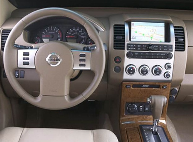2005 Nissan Pathfinder Interior HD Wallpaper