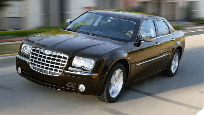 2010 Chrysler 300 Owners Manual and Concept