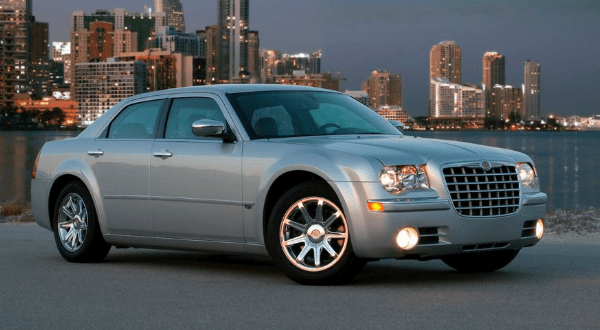2008 Chrysler 300C Owners Manual and Concept