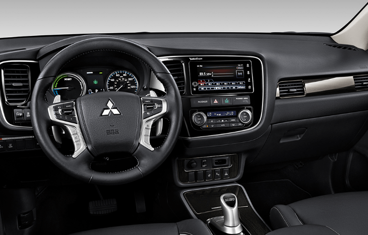 2018 Mitsubishi Outlander PHEV Interior and Redesign