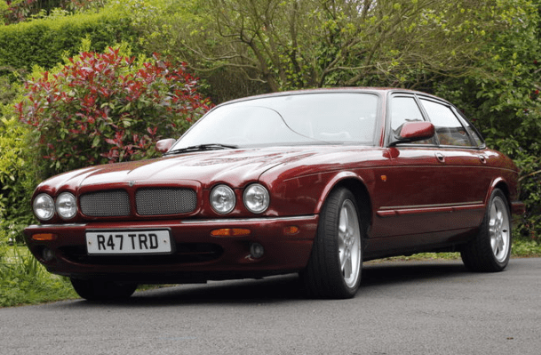 1998 Jaguar XJR Concept and Owners Manual