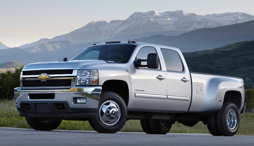 2013 Chevrolet Silverado 3500 Concept and Owners Manual
