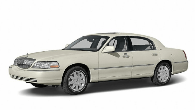 2004 Lincoln Town Car Concept and Owners Manual