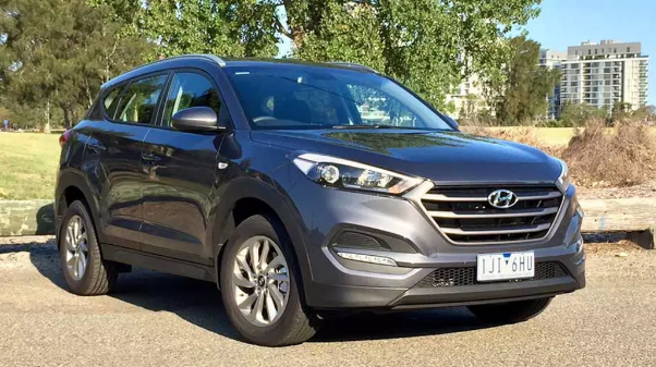 2017 Hyundai Tucson Owners Manual and Concept