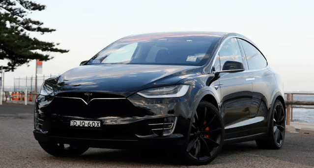 2017 Tesla Model X Owners Manual and Concept