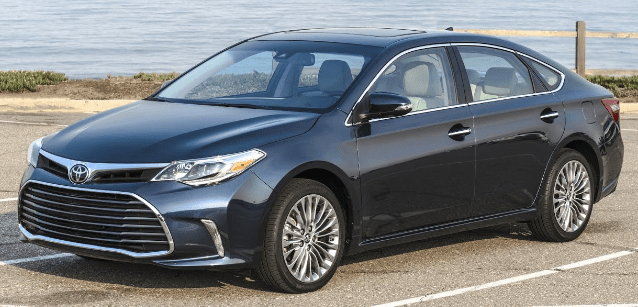 2017 Toyota Avalon Owners Manual and Concept
