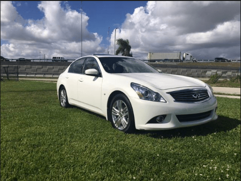 2015 Infiniti Q40 Owners Manual and Concept