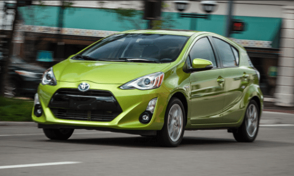 2016 Toyota Prius c Owners Manual and Concept