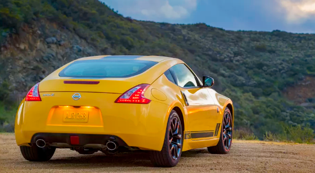 2018 Nissan 370Z Review