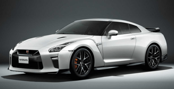 2019 Nissan GT-R Owners Manual