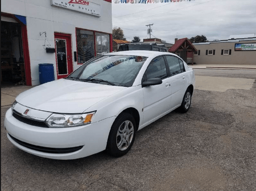 2003 Saturn Ion Owners Manual and Concept
