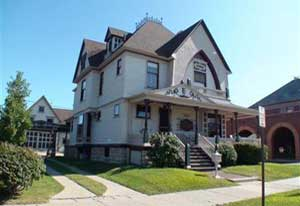 Click image of this historic home to see all Grand Haven Historic Houses For Sale
