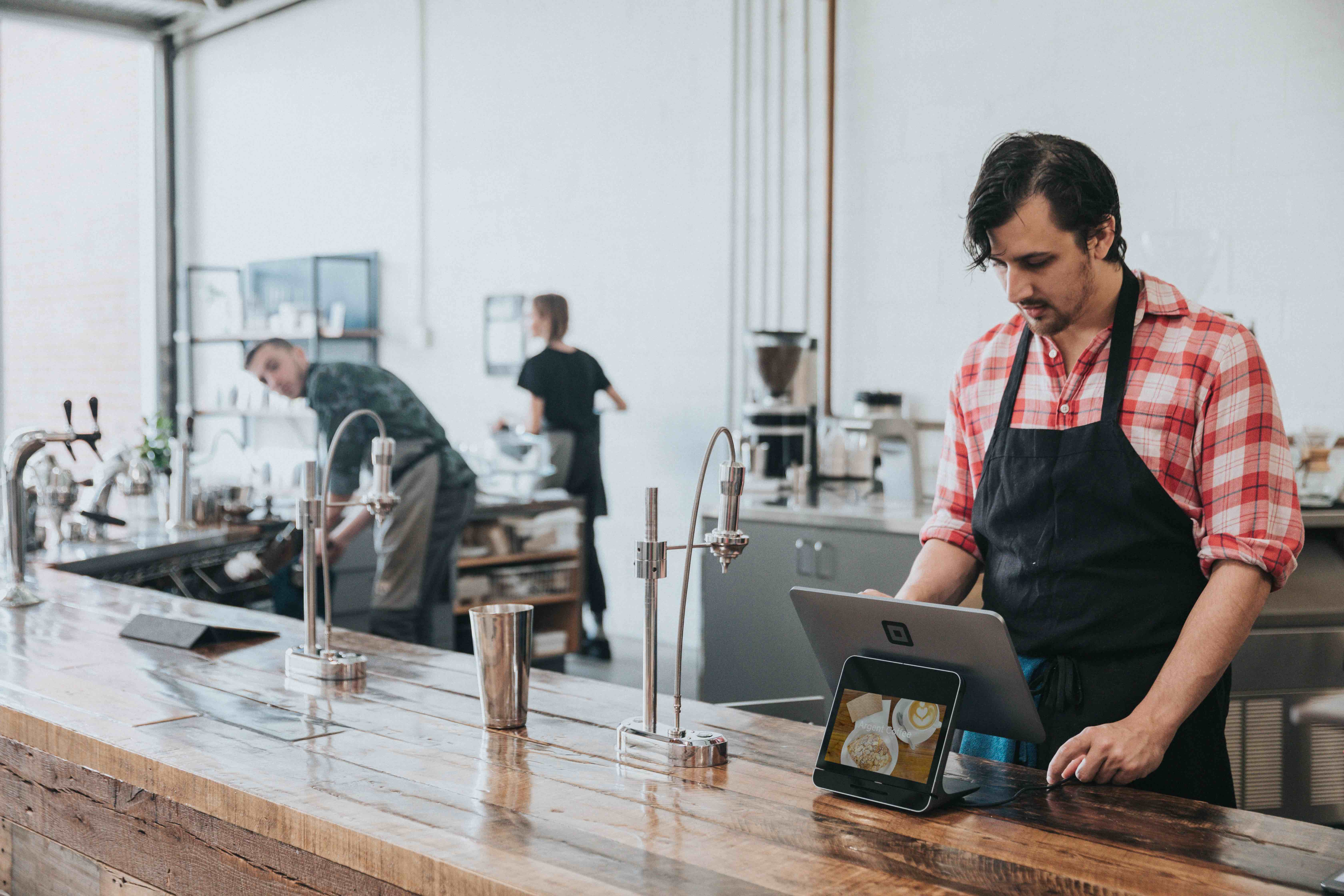 Small Business Guide to Canadian Sales Tax Rates