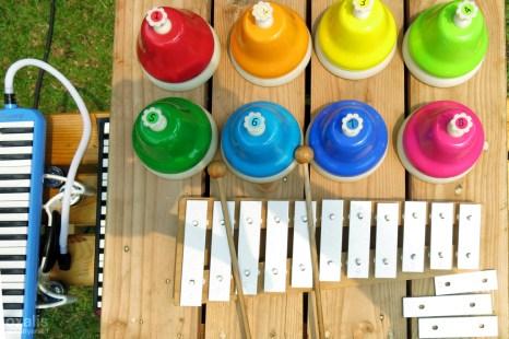 musical bells and glockenspiel