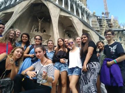 Students outside of Gaudí's famous Sagrada Familia basilica