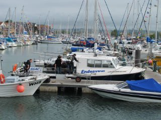 Endeavour Oxford-BSAC-boat.jpg