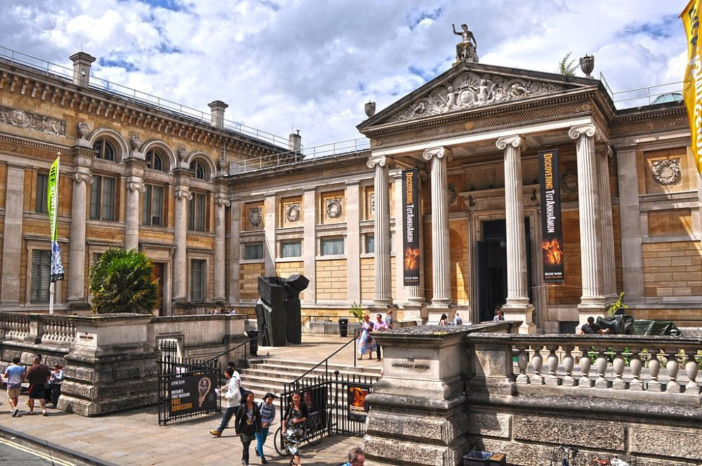 What to do in Oxford: Ashmolean.