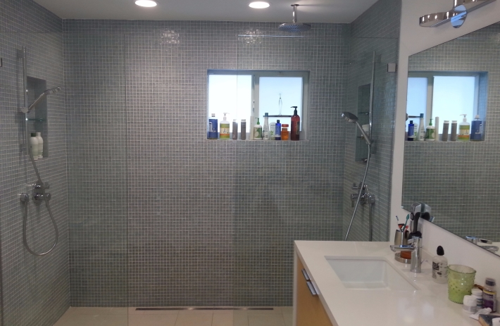 2330-bath1
