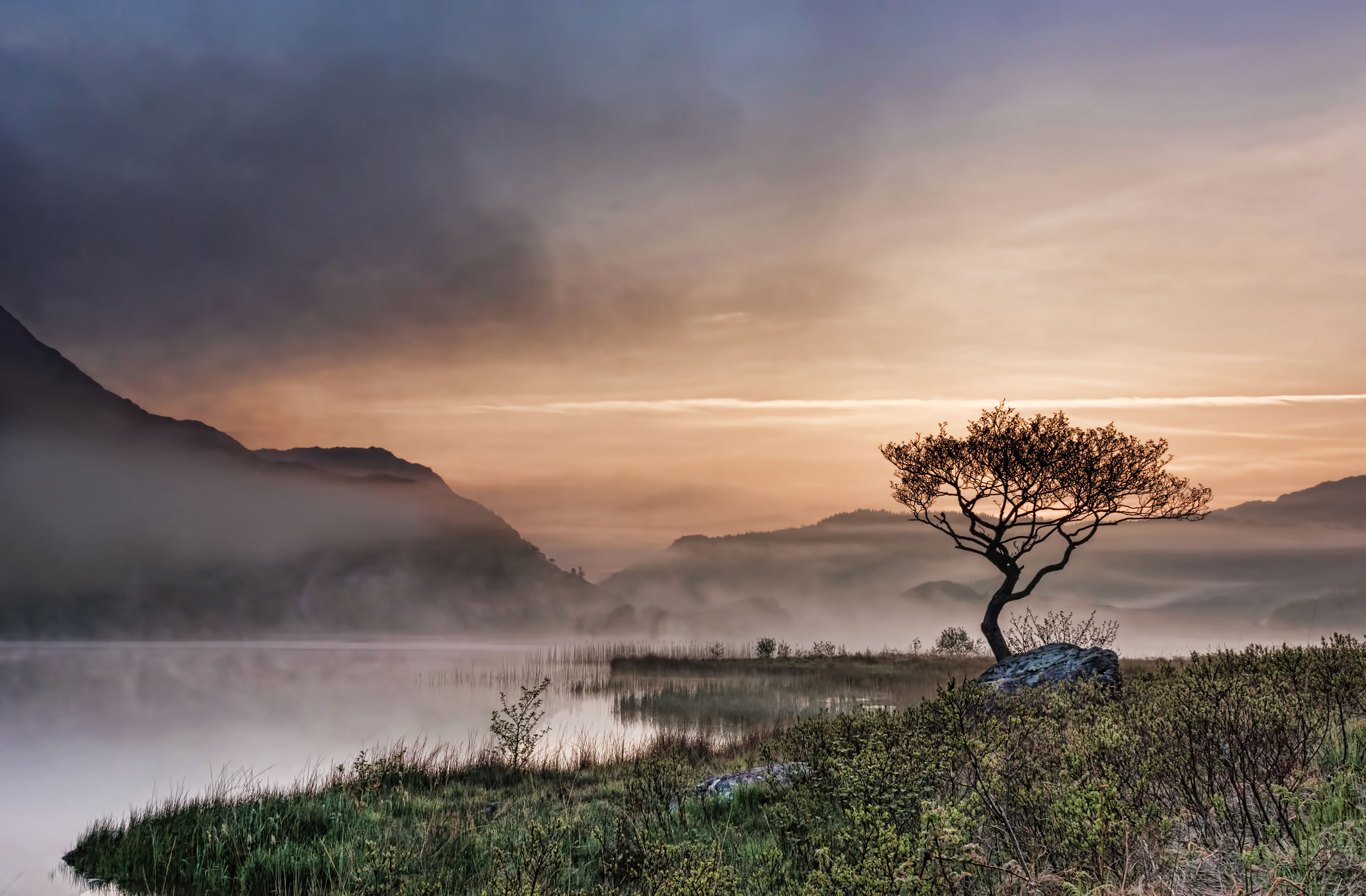 Llyn Dinas at Dawn