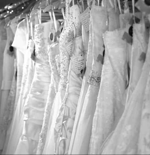 b8e2df4fd5180 Bridal Reloved sells stunning designer wedding dresses without the designer  price tag. Offering brand new, sample and immaculate pre-loved, ...