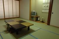 客室 (和室:10室、洋室:4室)