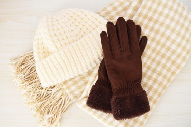革の手袋の手入れの手順と必要な物。長く使う為の手入れや使い方