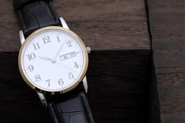 彼女へのプレゼントを腕時計にするなら?選び方のポイント