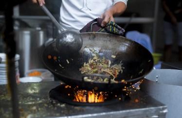 料理が上手い男はモテる?女が求める料理上手な男の魅力を解説
