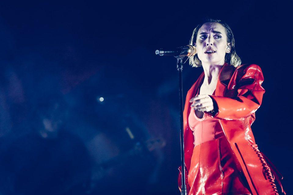 """Lykke Li está de vuelta para cantarnos en sueco su nueva rola """"BRON"""""""