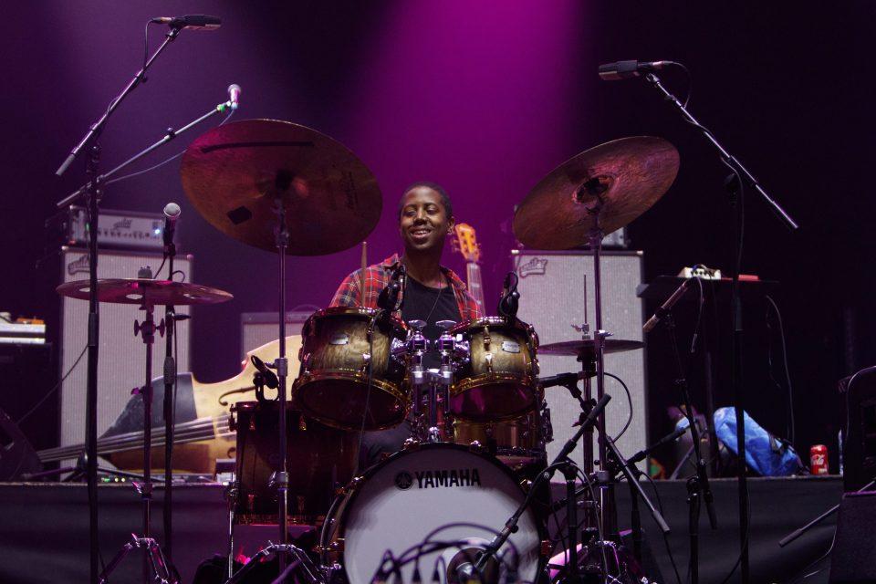 Moses Boyd: El joven baterista que está revolucionando el jazz británico